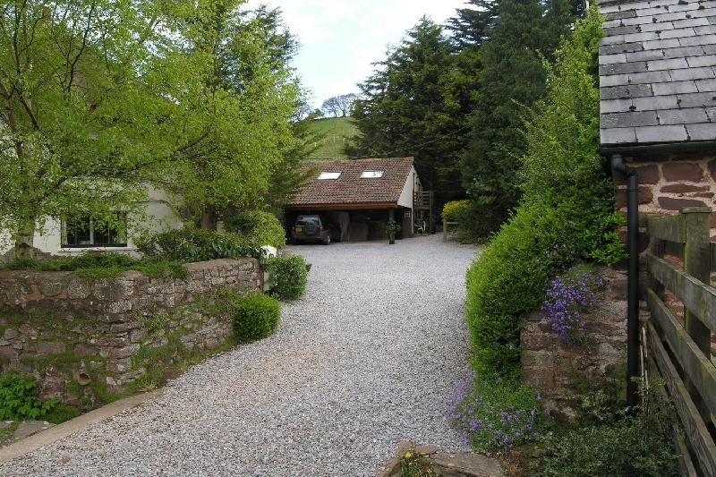 Short Break Holidays - Bilbrook Cottage