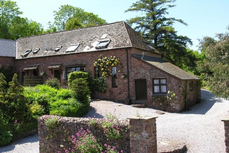 Short Break Holidays - Allerford Cottage