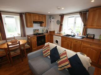 Cottage holidays England - Trailside