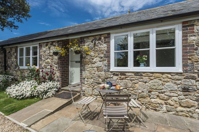Short Break Holidays - Dapple Cottage