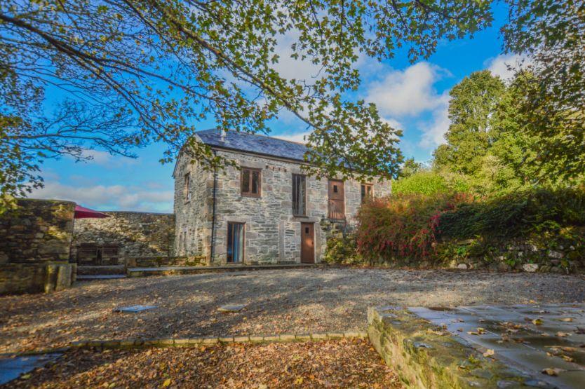 Short Break Holidays - The Threshing Barn