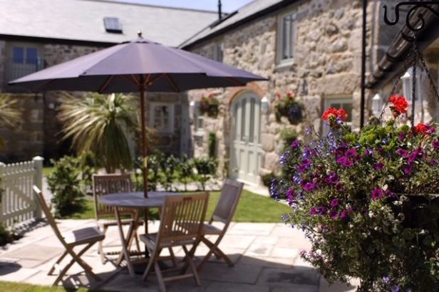 Short Break Holidays - Heather Cottage - Gonwin Manor