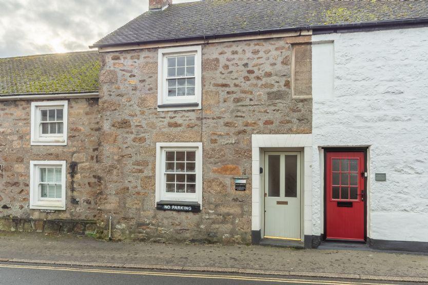 Short Break Holidays - Porthgwidden Cottage