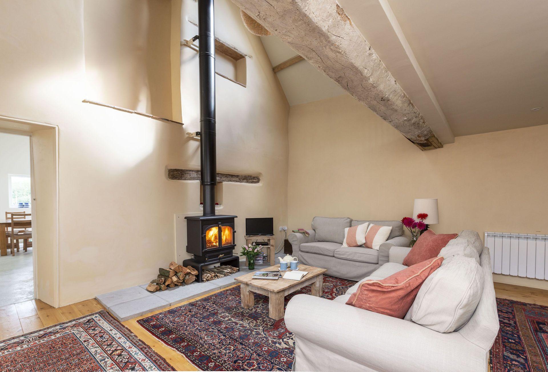 Short Break Holidays - Stable Cottage at Draycott