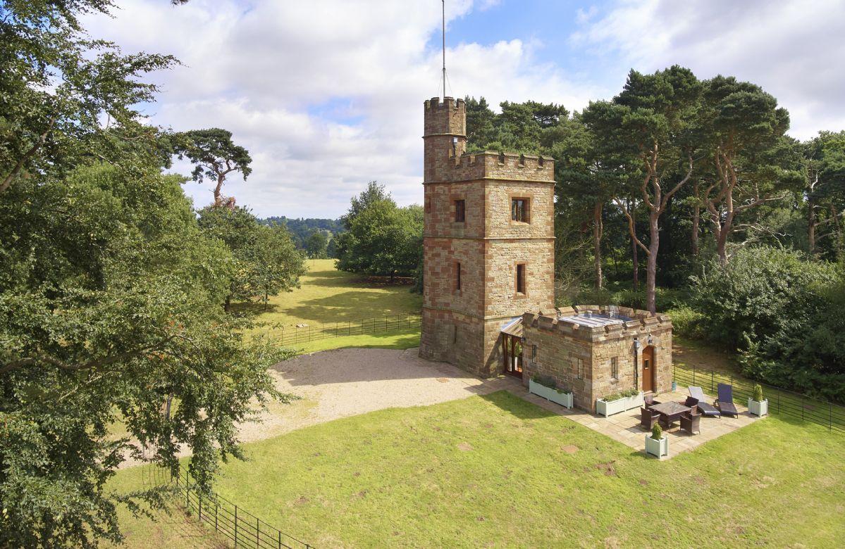 Short Break Holidays - The Knoll Tower