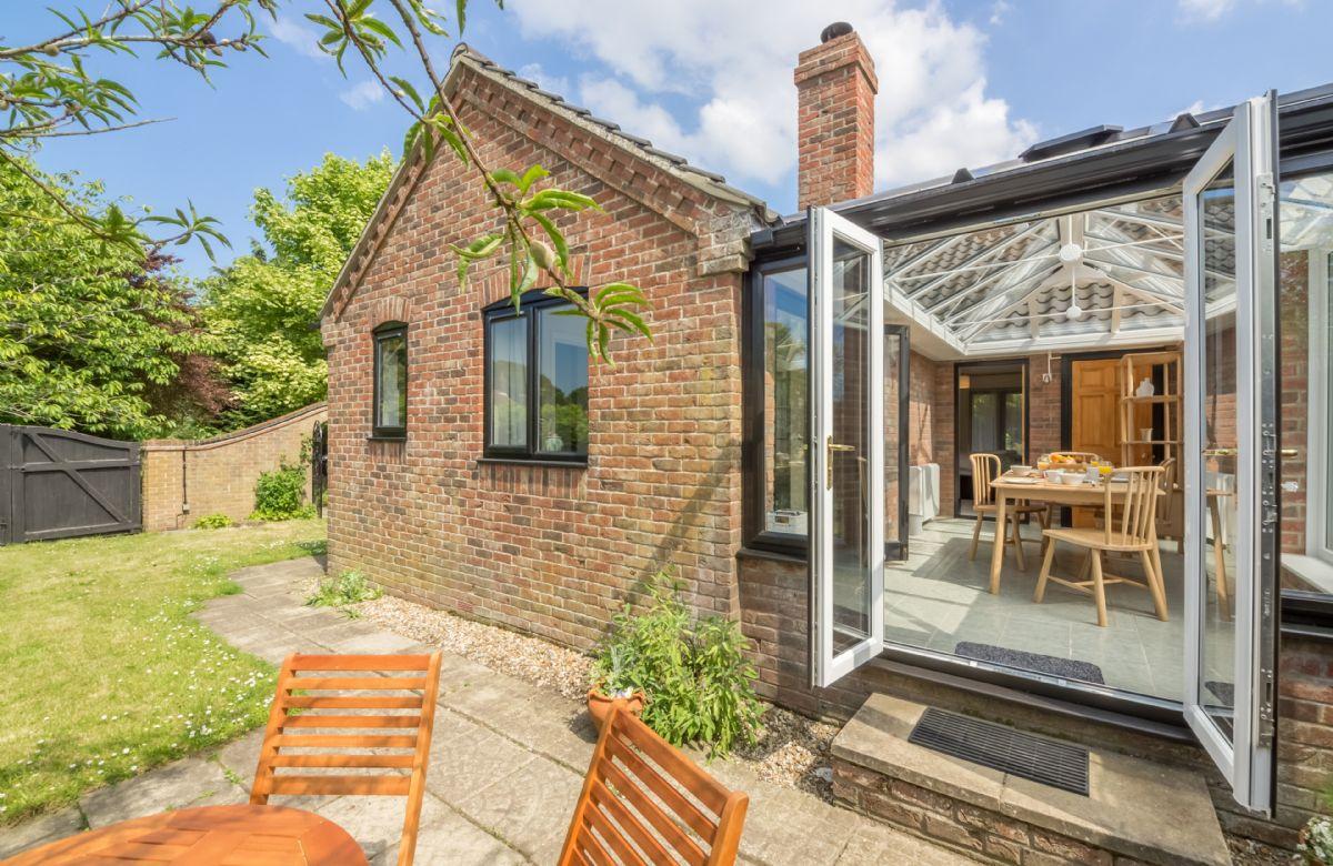 Short Break Holidays - Bluebell Cottage