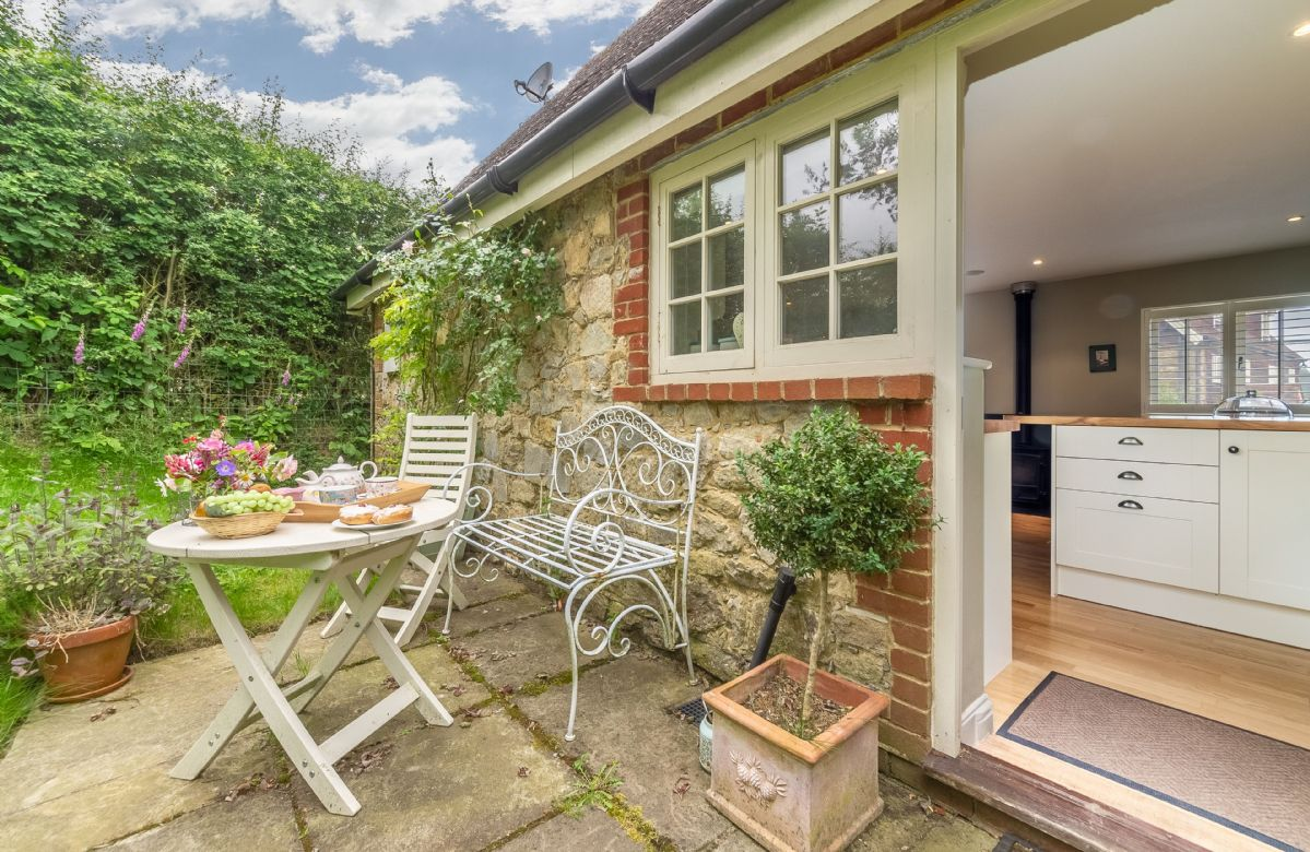 Short Break Holidays - Sakers Cottage
