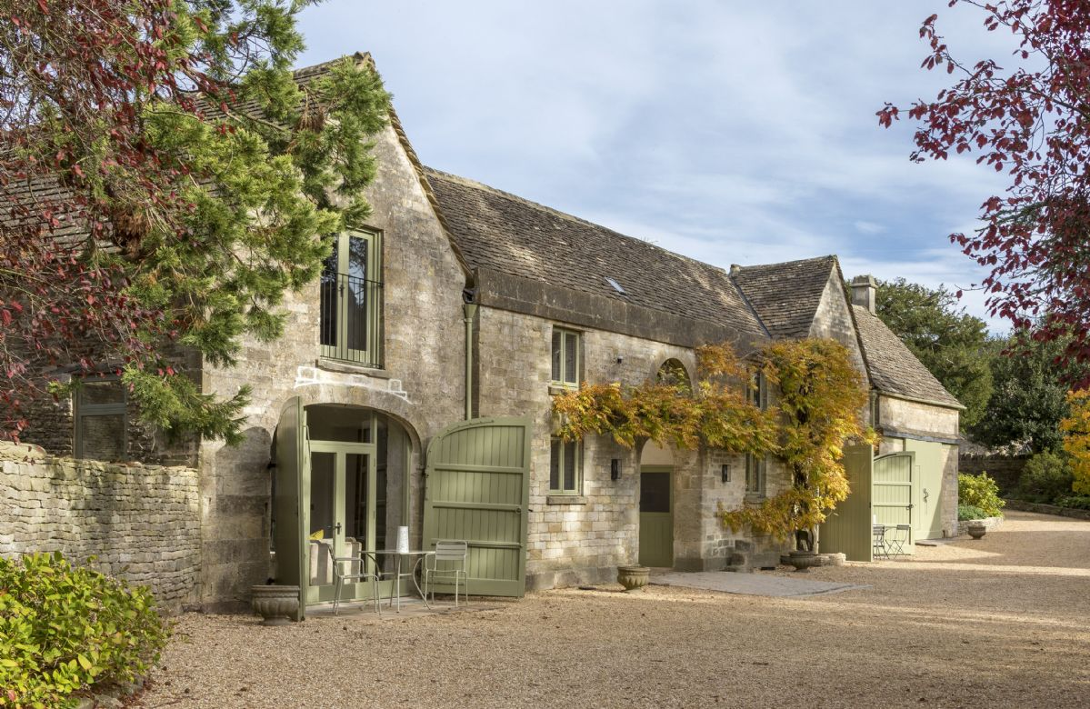 Short Break Holidays - The Coach House and Stables at The Lammas