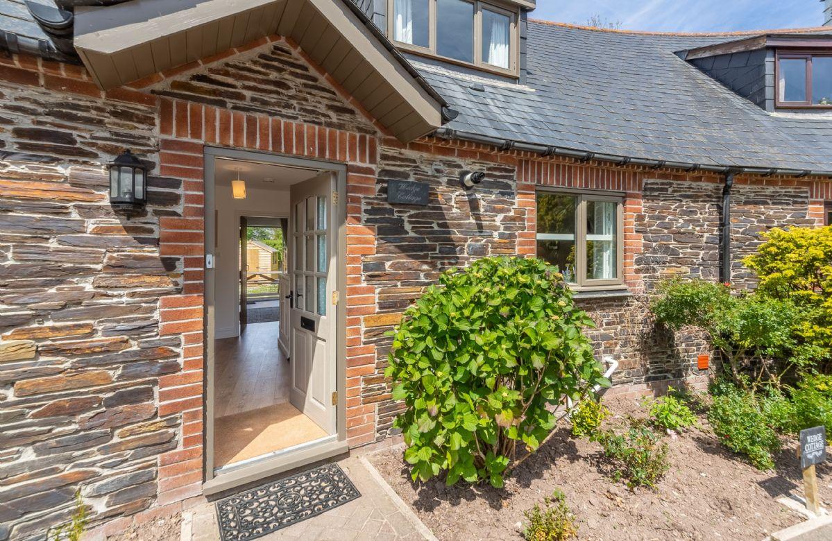 Short Break Holidays - Wedge Cottage