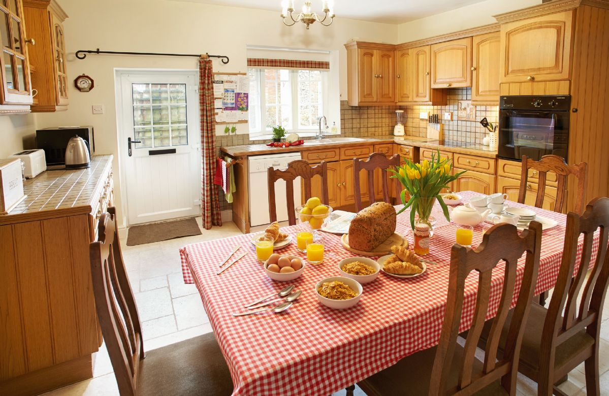 Short Break Holidays - Clock Cottage