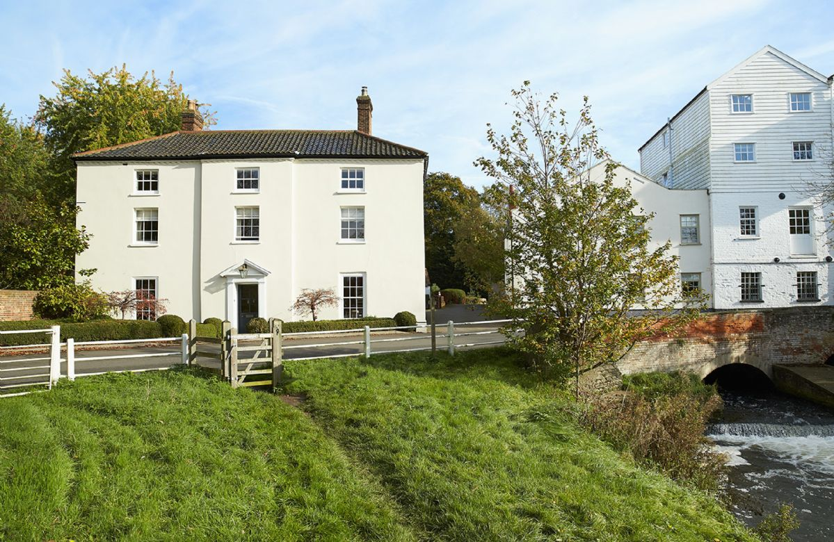 Short Break Holidays - The Mill House