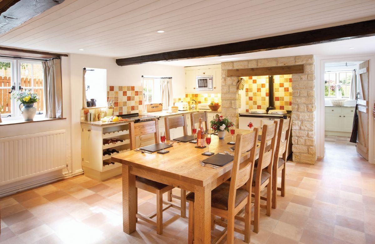 Short Break Holidays - Rose Cottage