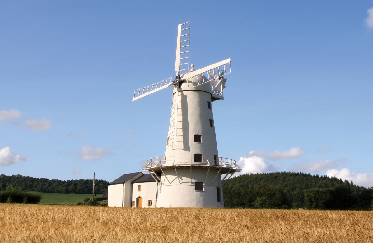 Short Break Holidays - Llancayo Windmill
