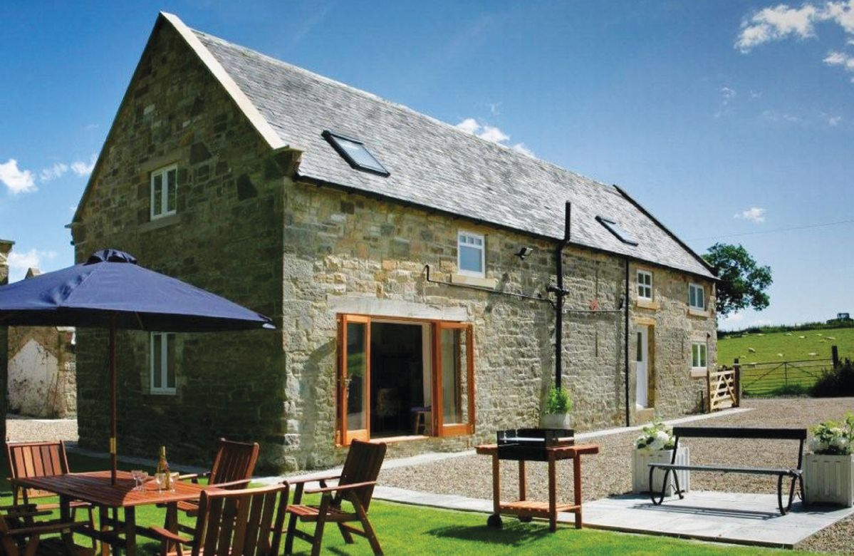 Short Break Holidays - Haughton Castle - Farm House