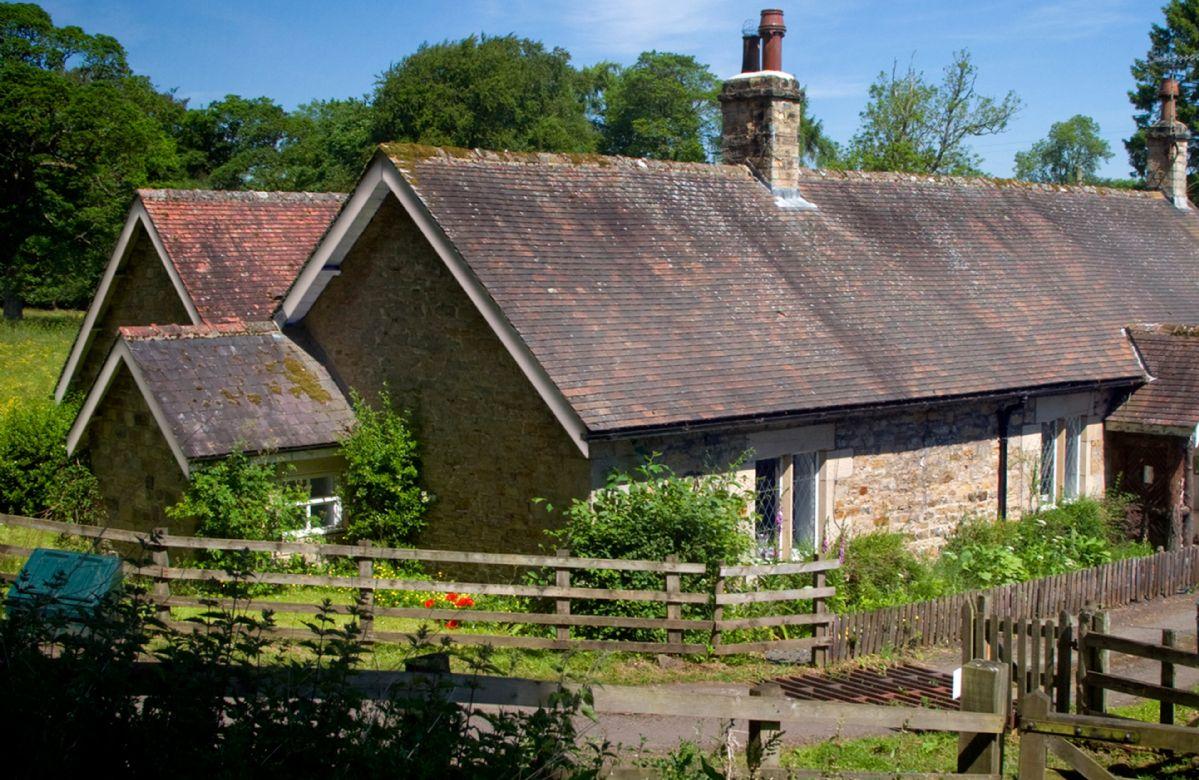 Short Break Holidays - Haughton Castle - Garden Cottage