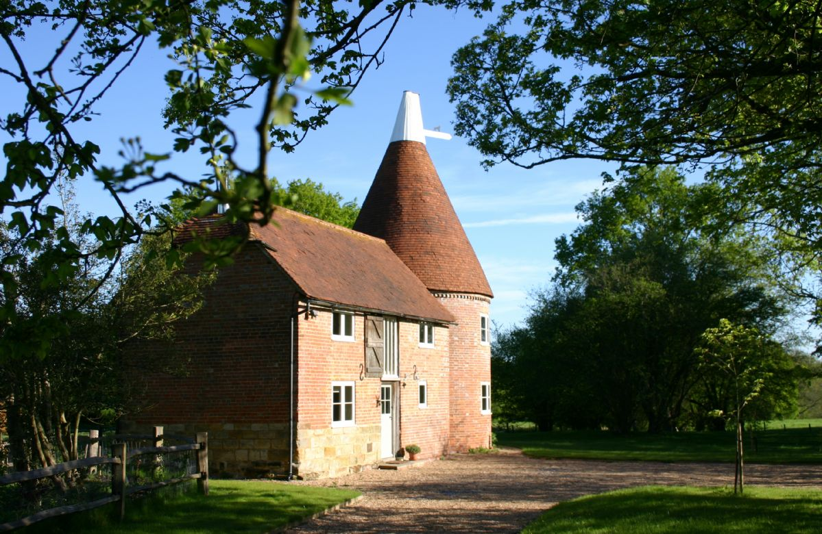Short Break Holidays - Bakers Farm Oast