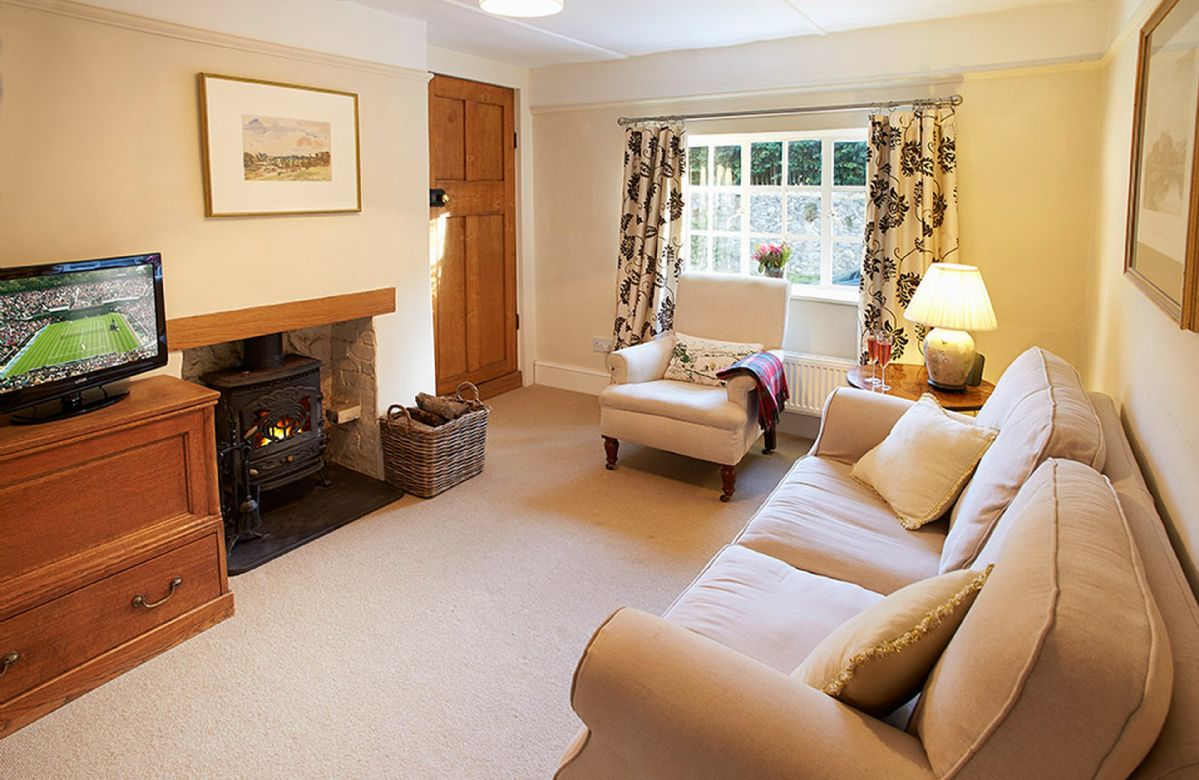 Short Break Holidays - Densford Cottage