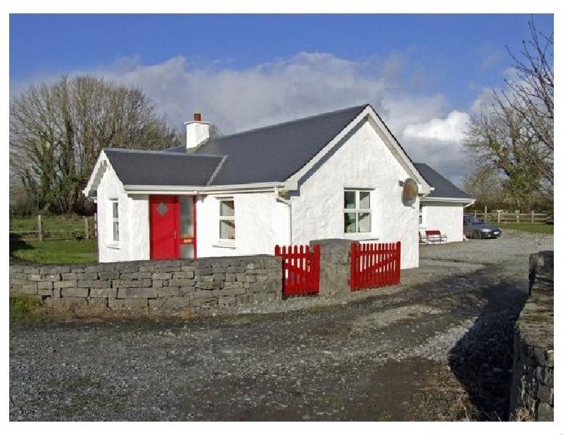 Short Break Holidays - Delia's Cottage