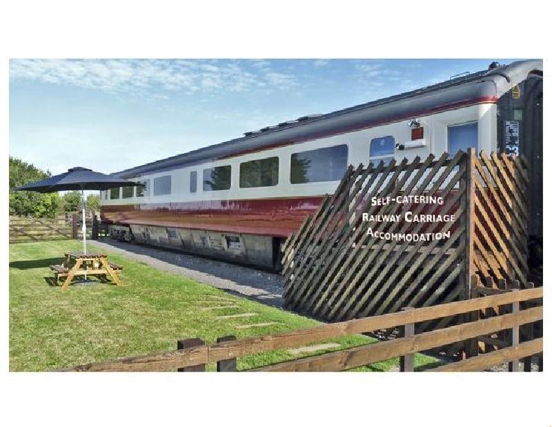 Short Break Holidays - Converted Railway Carriage
