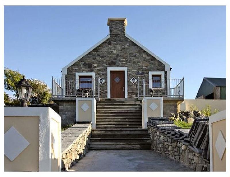 Short Break Holidays - Ardgroom Cottage