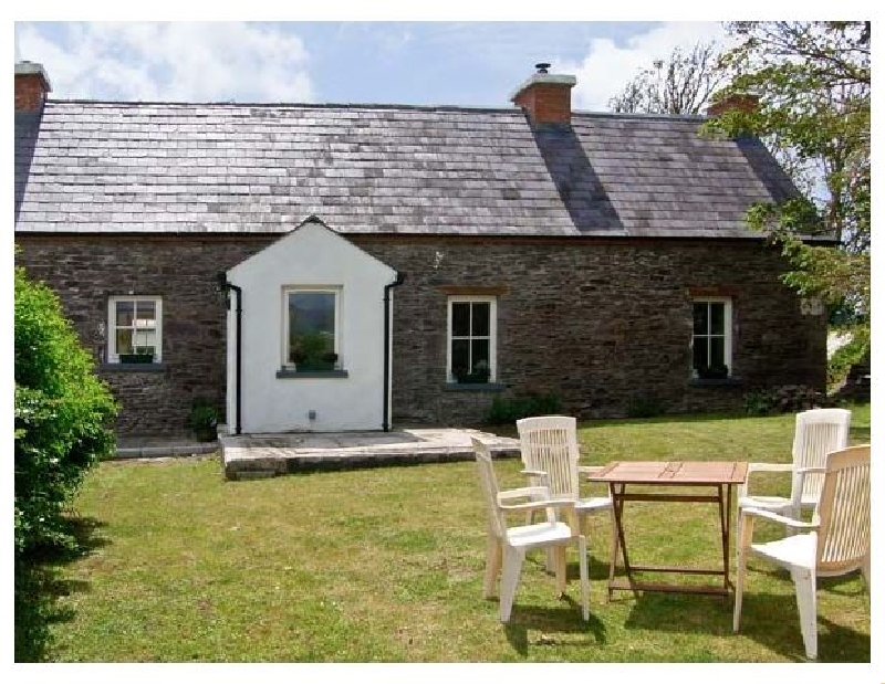 Short Break Holidays - Brosnan's Cottage