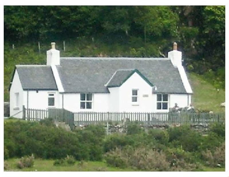 Short Break Holidays - Roddy's Cottage