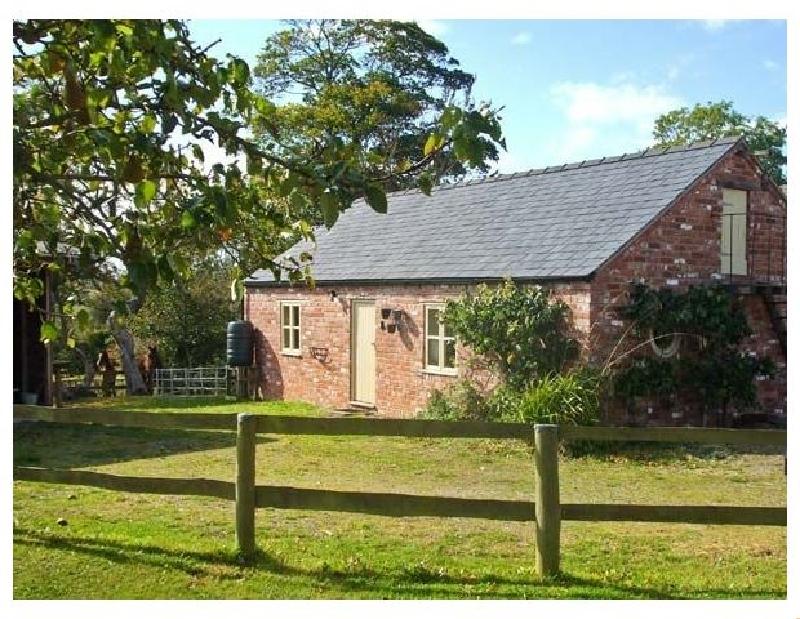 Short Break Holidays - Little Pentre Barn