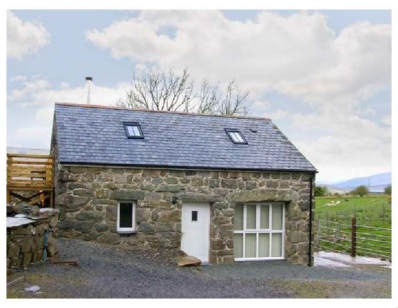 Short Break Holidays - Hendre Cottage