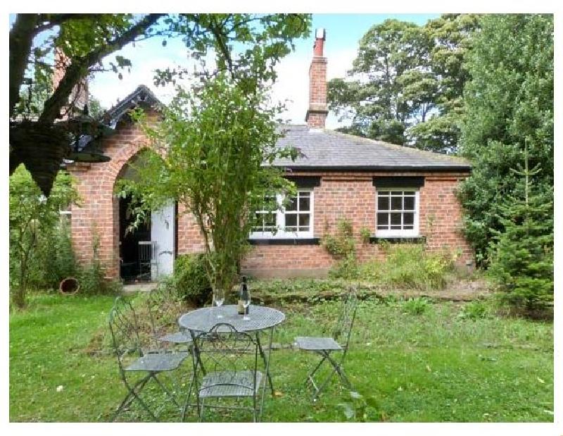 Short Break Holidays - Bousdale Cottage