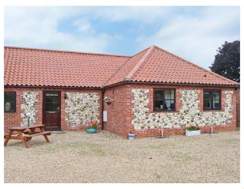 Short Break Holidays - The Granary Cottage
