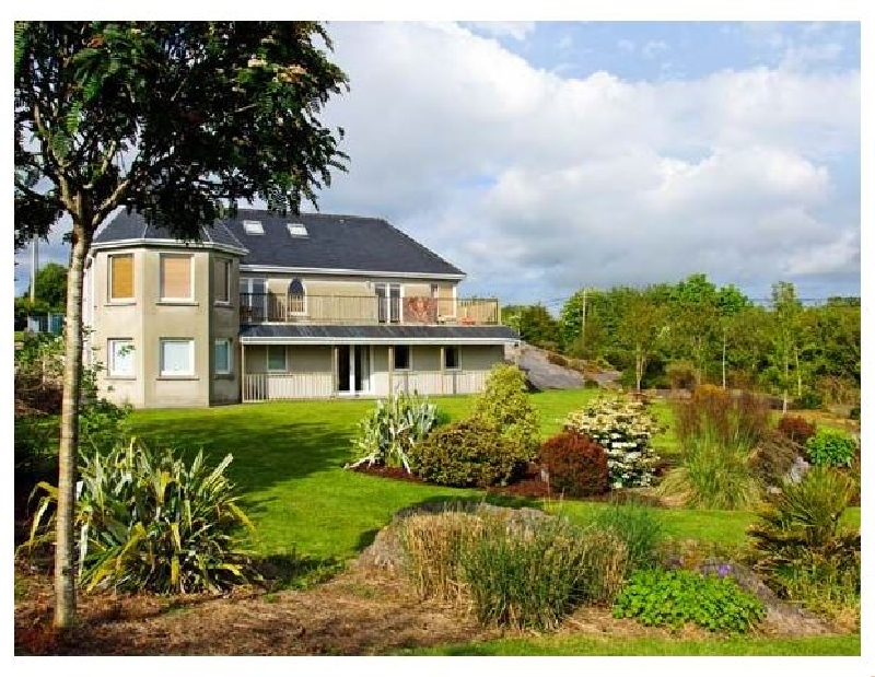 Short Break Holidays - Bluebell House and Gardens