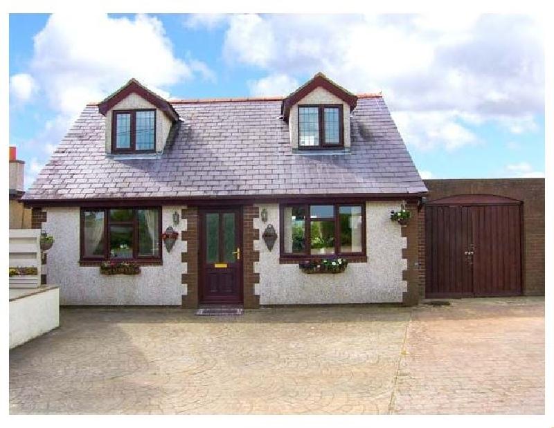 Short Break Holidays - Rhiangwyn Cottage