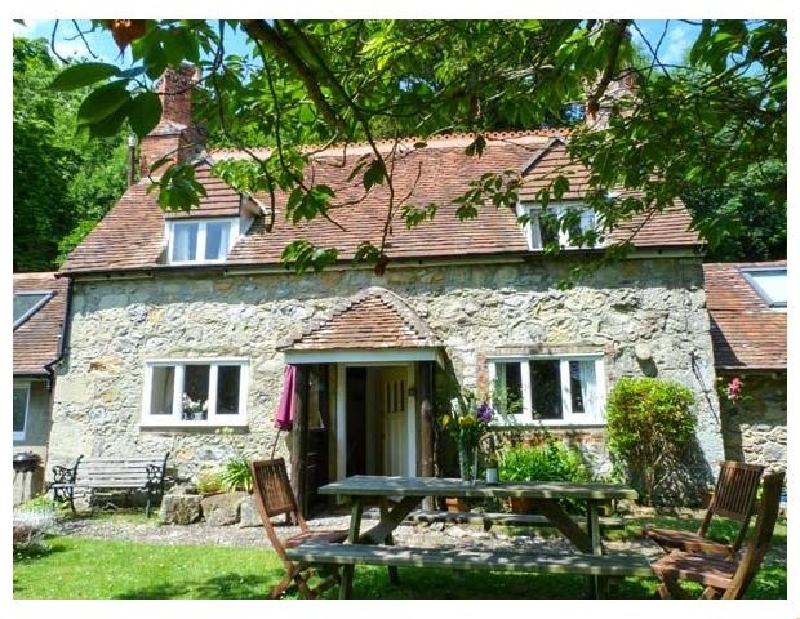 Short Break Holidays - Lisle Combe Cottage