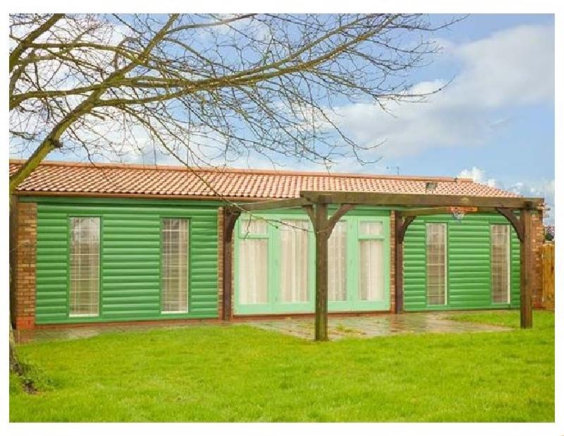 Short Break Holidays - Garden Lodge