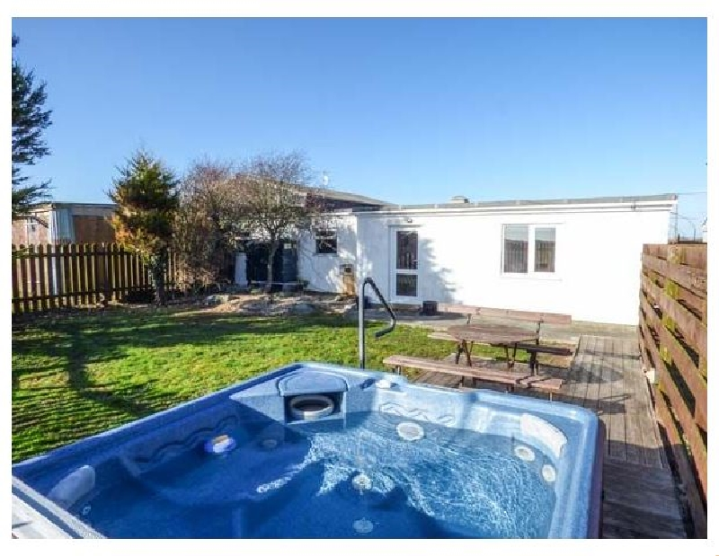 Short Break Holidays - Cefn Farm Cottage