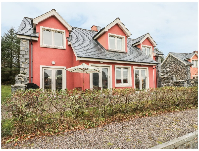 Short Break Holidays - Ring of Kerry Golf Club Cottage