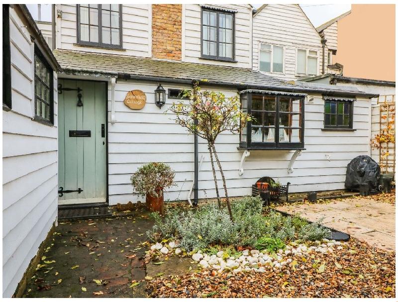 Short Break Holidays - Swanfield Cottage