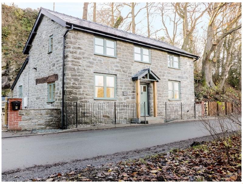 Short Break Holidays - Rock Cottage