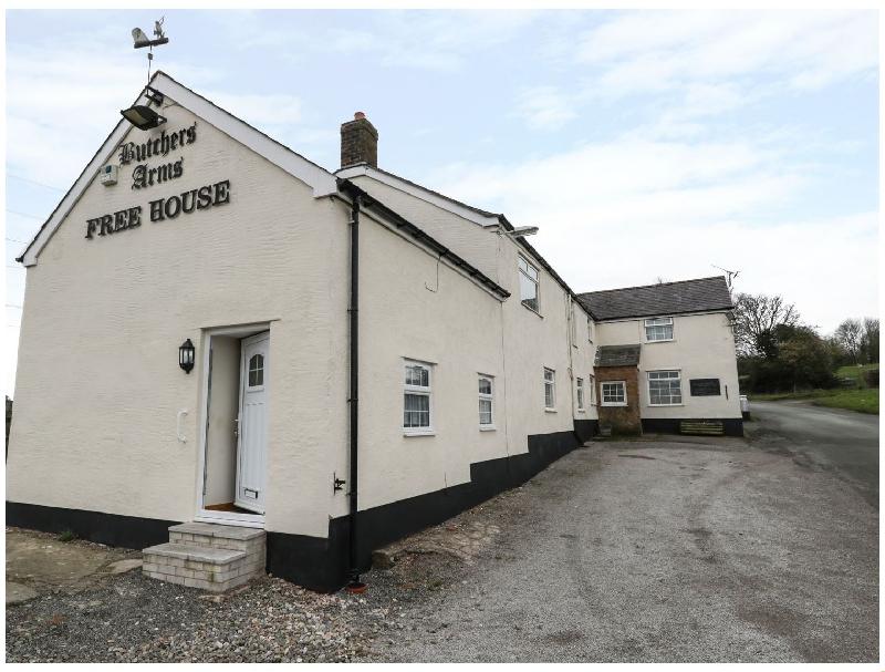 Short Break Holidays - Butchers Arms Cottage