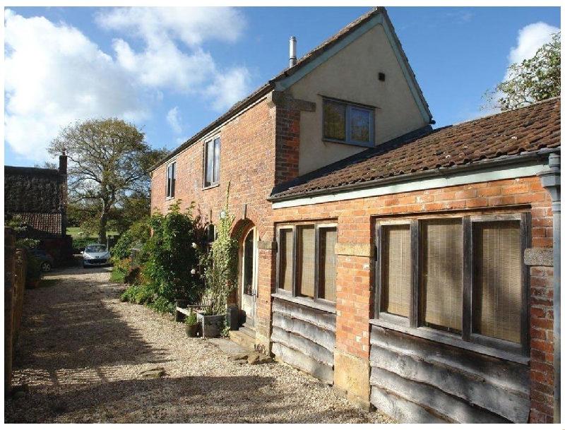Short Break Holidays - Pittards Farm Cottage