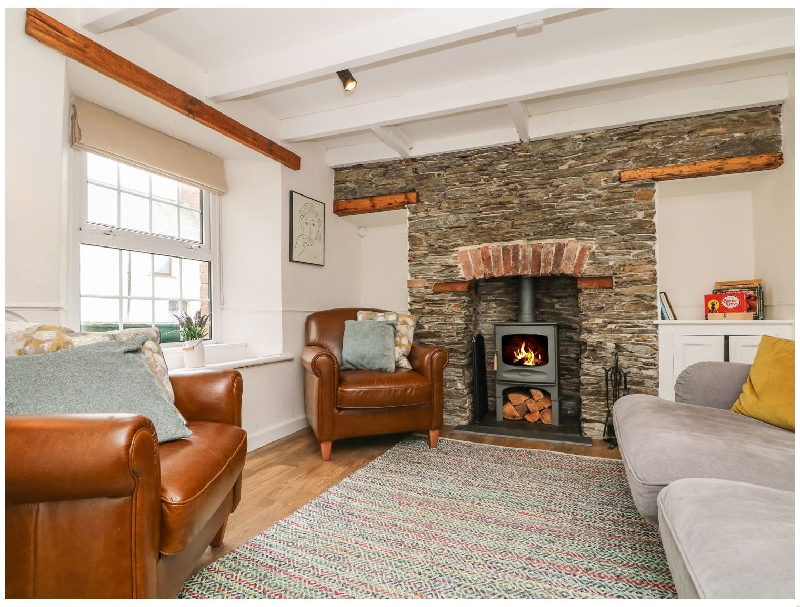 Short Break Holidays - Gwent Cottage- Near Padstow
