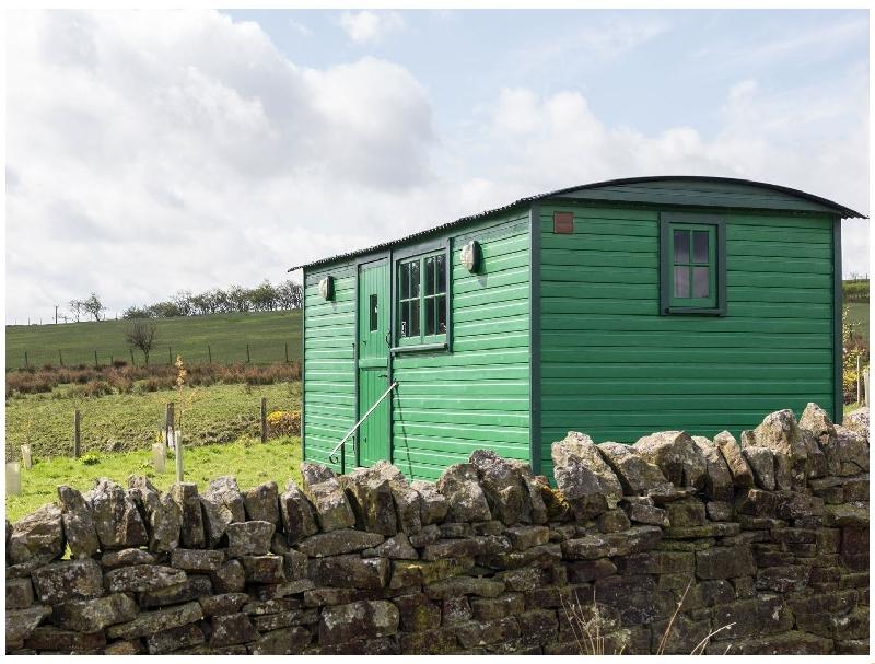 Short Break Holidays - Peat Gate Shepherd's Hut