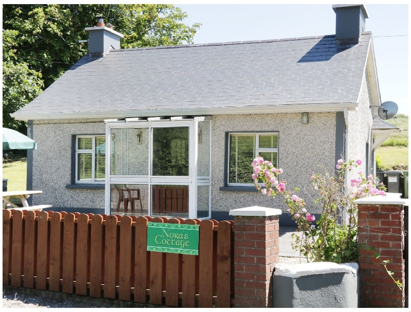 Short Break Holidays - Nora's Cottage