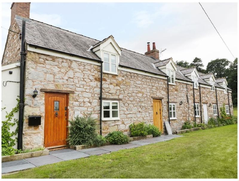 Short Break Holidays - Bryn Farm Cottage