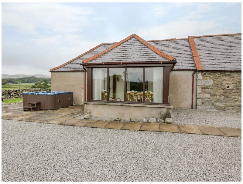 Short Break Holidays - The Middle Byre