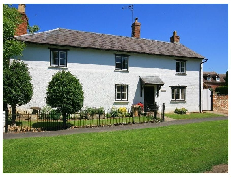 Short Break Holidays - Elmhurst Cottage
