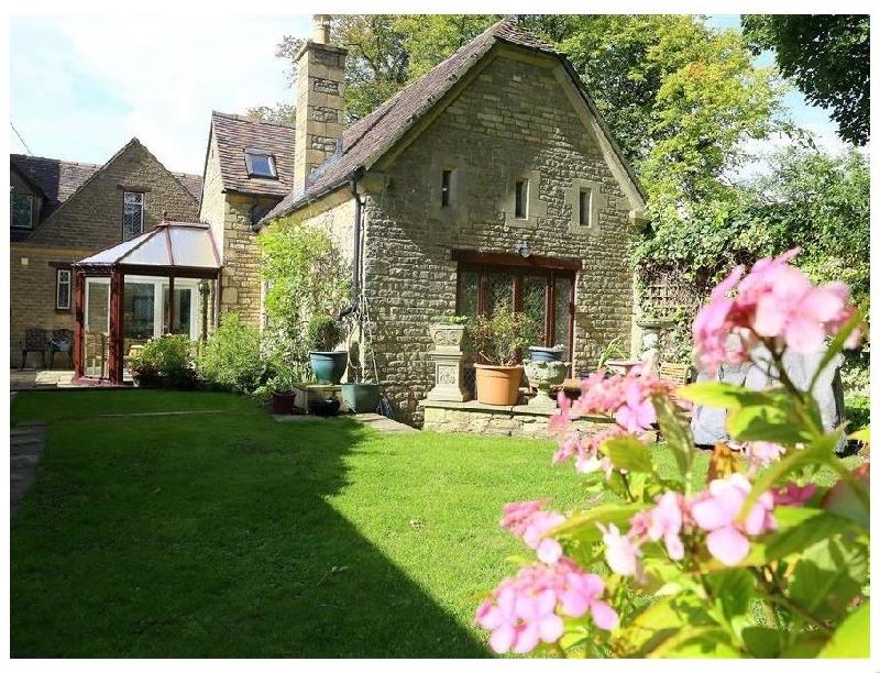 Short Break Holidays - Anvil Cottage