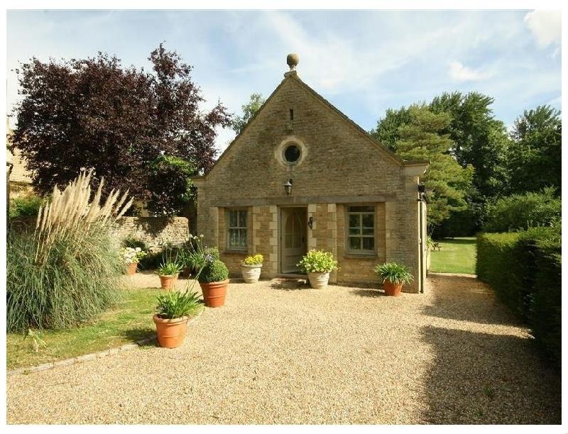 Short Break Holidays - Garden Cottage