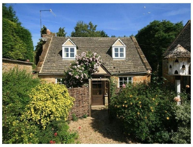 Short Break Holidays - Hadcroft Cottage