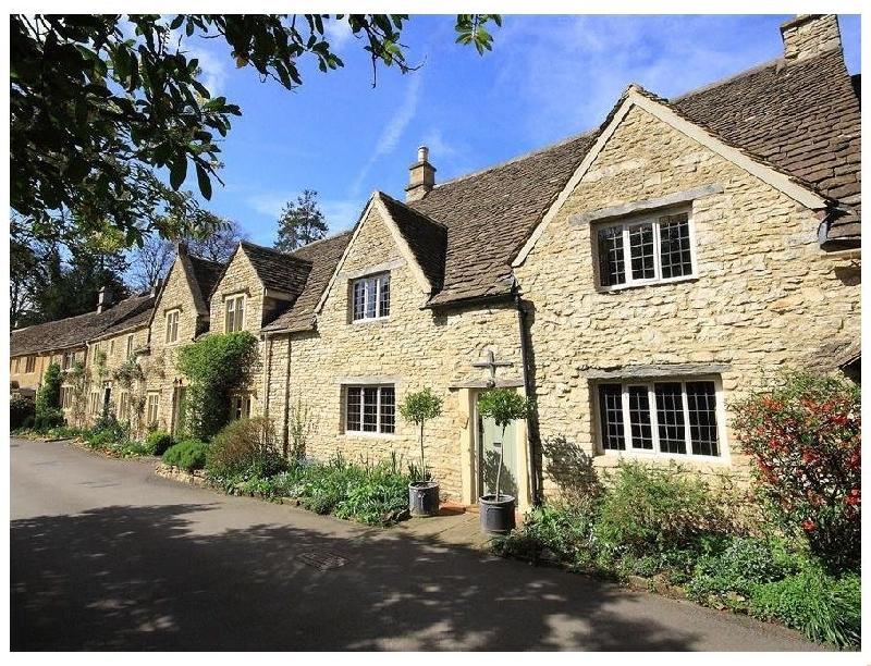 Short Break Holidays - Castle Combe Cottage